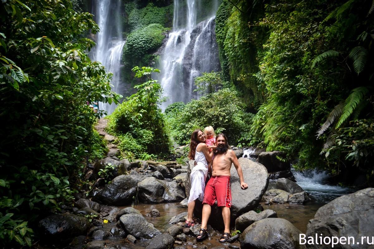 красивые водопады Бали