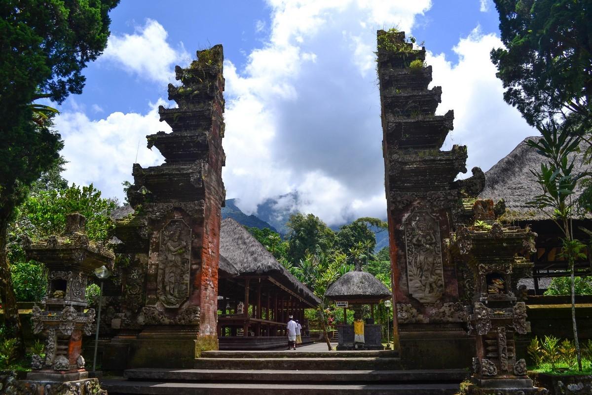 Храм Батукаро