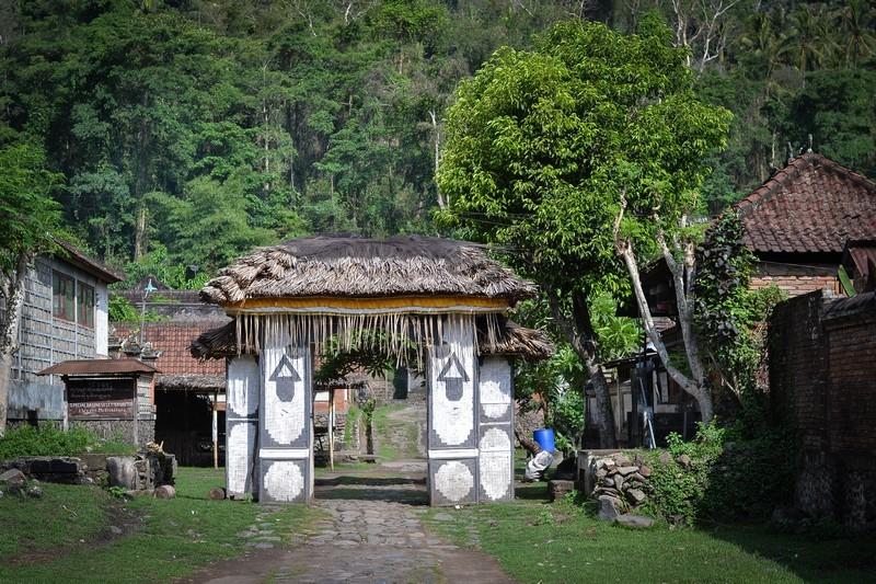 Тенганан – традиционная деревня истинных балийцев Бали-Ага.