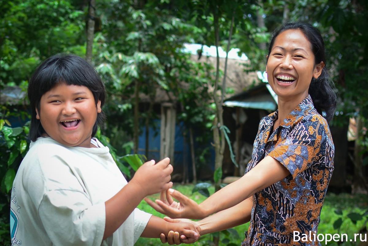 Sari Hati - школа для особенных деток на острове Бали.