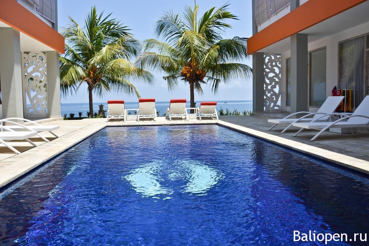 Bondalem Beach Club - хотите настоящий ретрит на Бали?